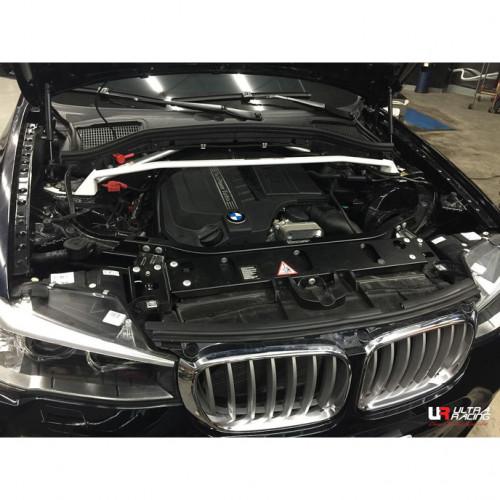 BMW X4 в кузове F26 передняя распорка стоек от Ultra Racing